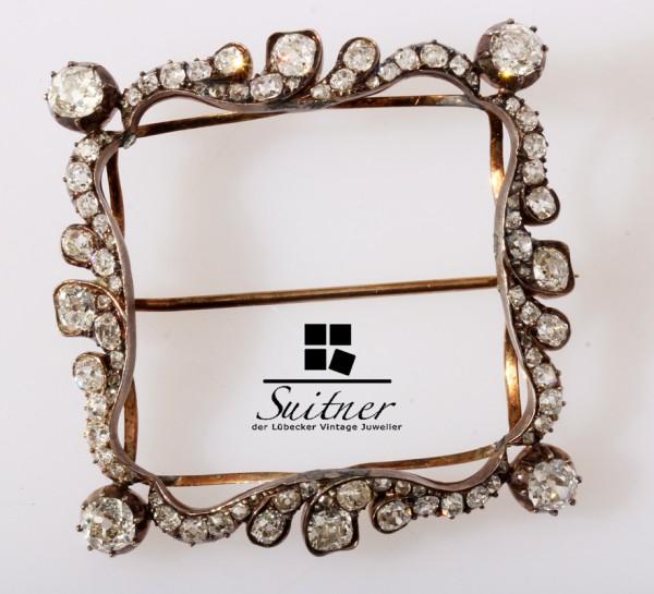 Historismus Brosche mit 5,65ct. Diamanten Form einer Schnalle 585 Gold