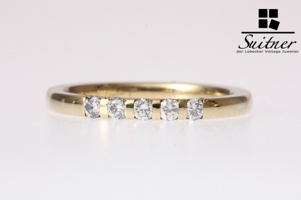 Ring mit 5 Brillanten, zus. 0,22 ct. 585 Gold Gr. 53,5