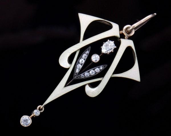 großer Jugendstil Anhänger Gold Emaille Diamanten 1900 Frankreich
