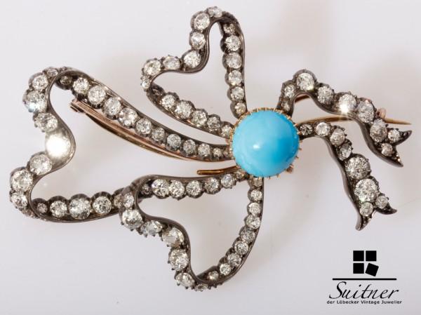 Historismus Brosche mit 6,00ct. Diamanten in Schleifen Form mit Türkis Gold
