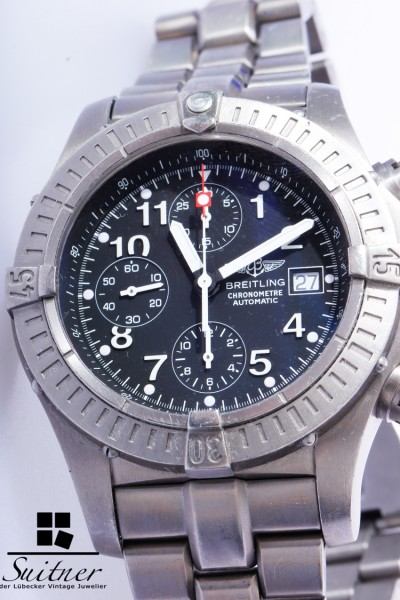 Breitling Super Avenger Titan Chronograph E13360 Full Set Box Papiere