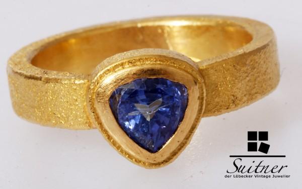 Unikat aus 900 Gold Ring mit Tansanit in Saphir Blau Gr. 52 Handarbeit