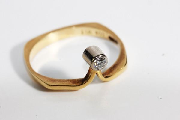 Moderner Design Ring Solitär Brillant Lupenrein Unikat Gr. 52 750 Gold