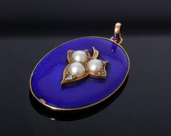 antiker Anhänger Frankreich um 1900, Gold, blaue Emaille und Perlen
