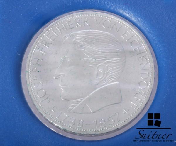 5 DM Eichendorff Silber 1957 mind. ss-vz Prägestätte J
