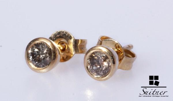Solitär Brillant Ohrstecker aus Gold