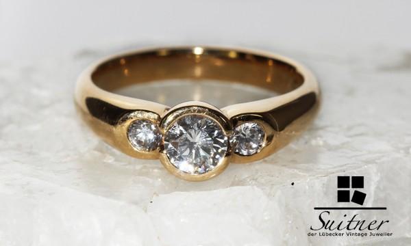 Klassischer Ring mit Brillanten zus.ca. 0,75 ct. 750 Gold