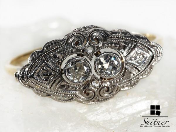 antiker Ring mit Diamanten aus Gold und Platin Schiffchen Navette