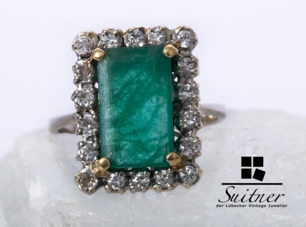 großer Entourage Smaragd Brillant Ring 750 Weißgold Gr. 57,5