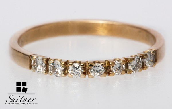 Ring mit 7 Brillanten zus. ca. 0,30 ct Gr. 60 585 Gold