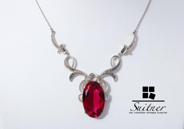 Feines Jugendstil-Collier aus 935er Silber mit synthetischem Rubin und Markasite-Besatz