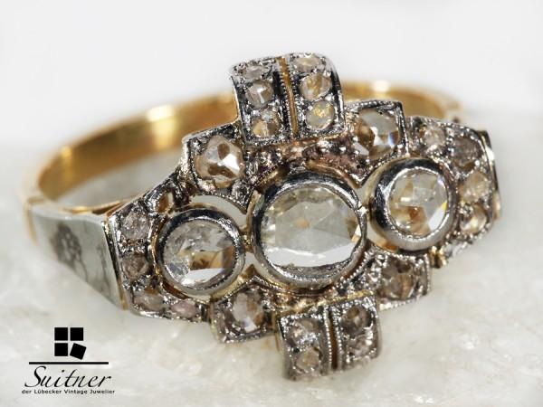 antiker Diamantring mit großen Altschliff Diamanten